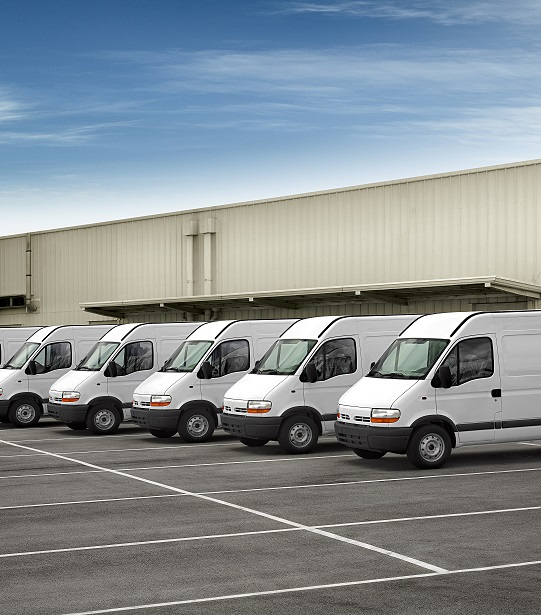 White-vans-in-a-line-fleet1
