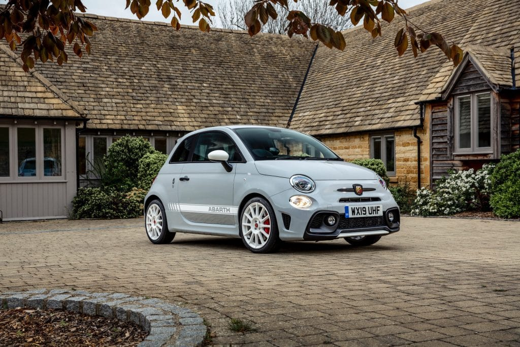 Abarth adds 595 esseesse to the line-up