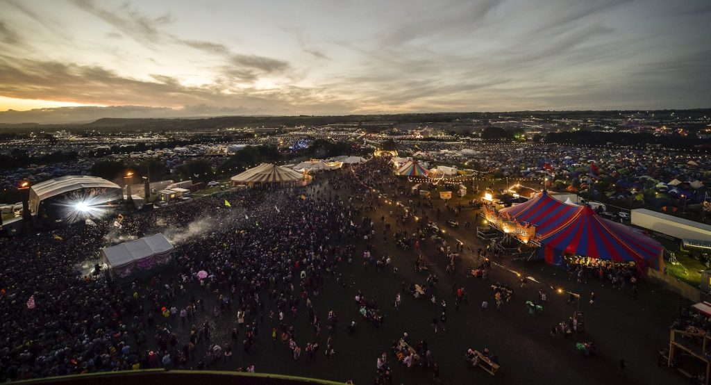 Glastonbury to electrify its Land Rover fleet